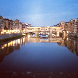 Anywhere_-_ponte_vecchio_at_dusk